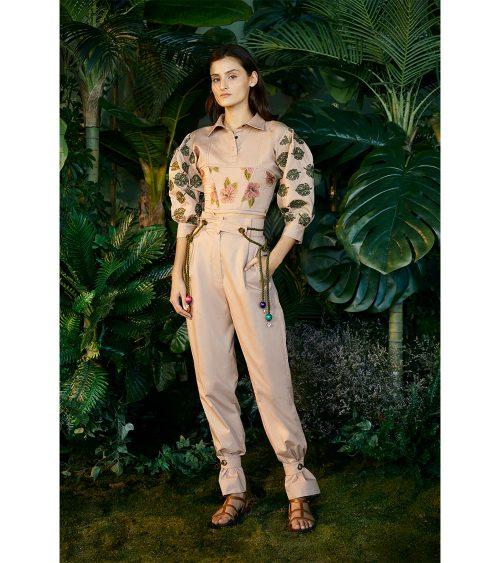 Balloon Sleeve Jungle Bluz manken üzerinde görünümü